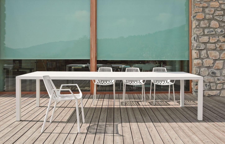 Gervi Outdoor propose des meubles de jardin design dans différents styles, du rustique au contemporain.