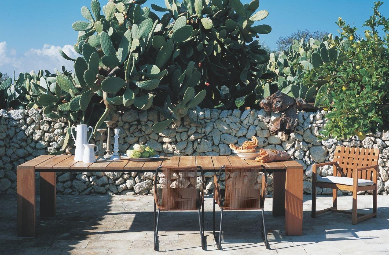 Des chaises de jardin exclusives confèrent à votre jardin l'élégance dont vous rêvez.