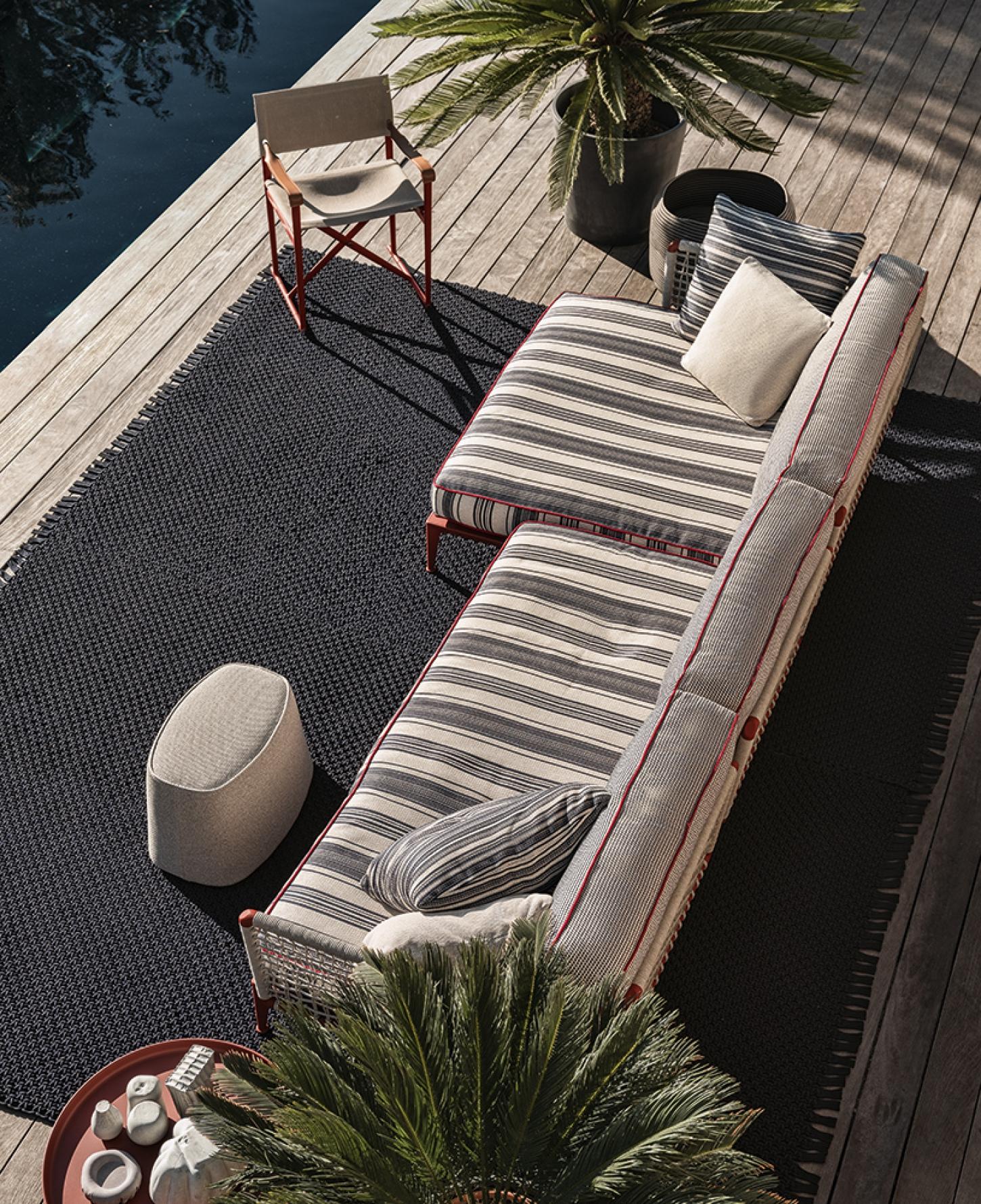 Het outdoor meubilair van B&B Italia focust op hedendaags design met een strakke en toch warme uitstraling.
